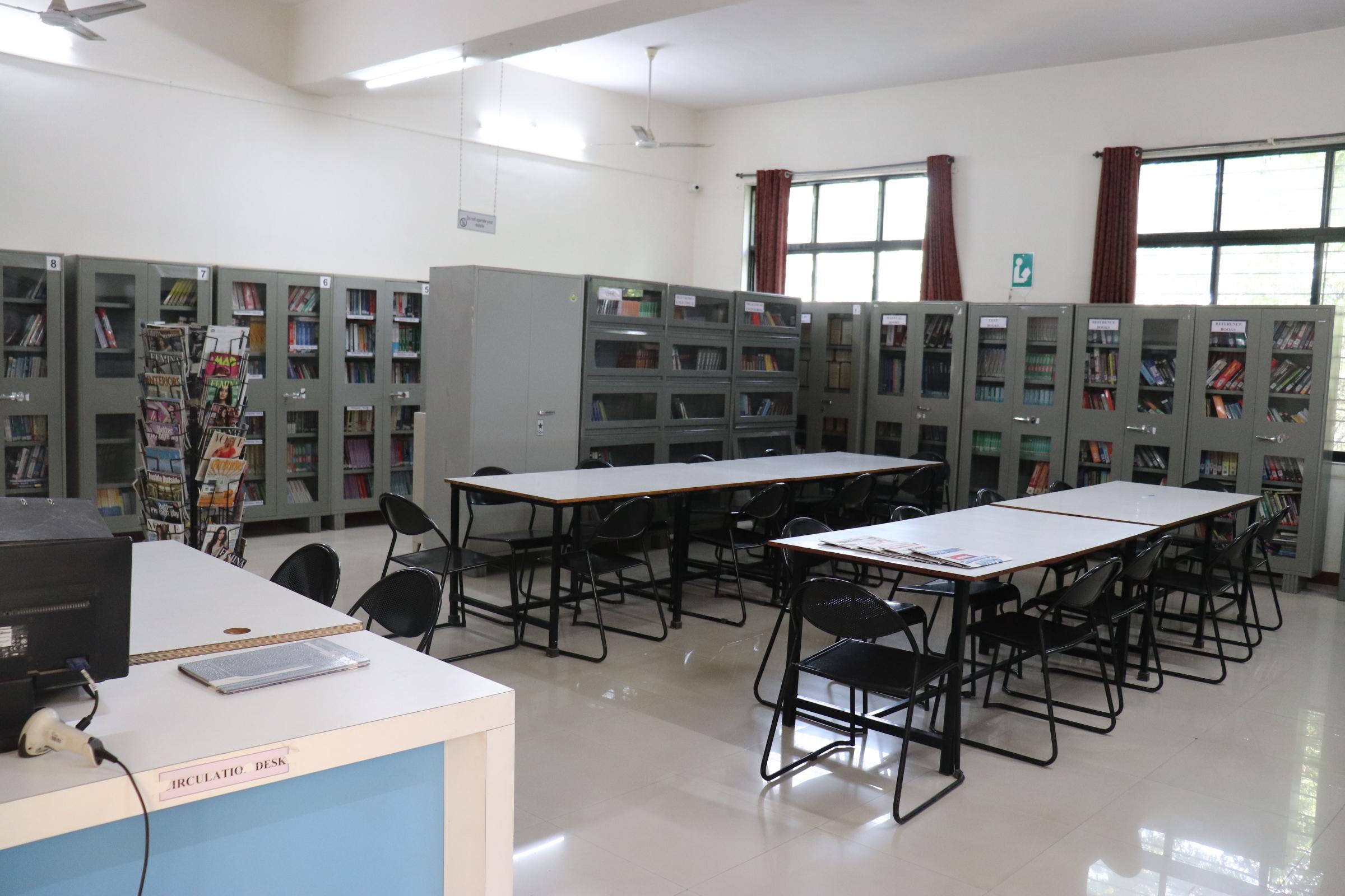 B Des  Graphic Design | Course | College | Institute | Pune 2019